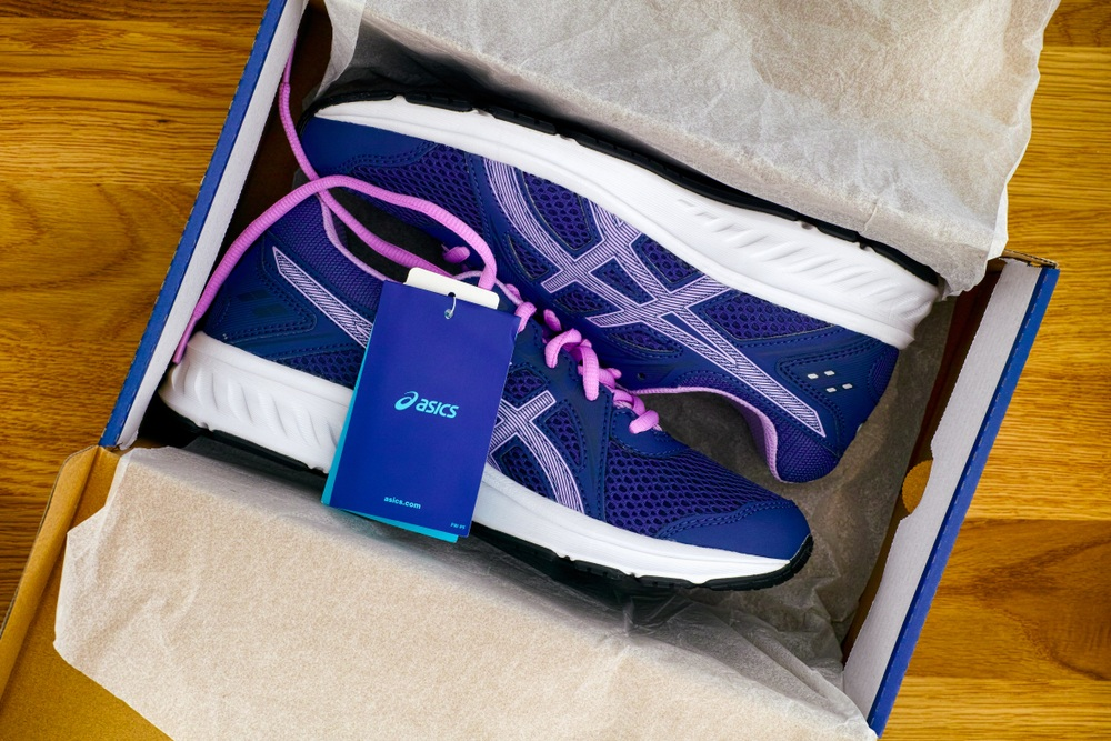top 10 asics running shoes